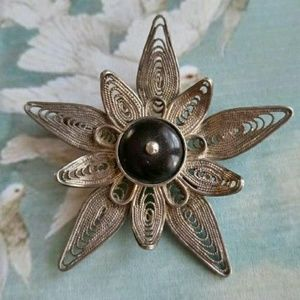 Vintage silver filigree flower brooch pin